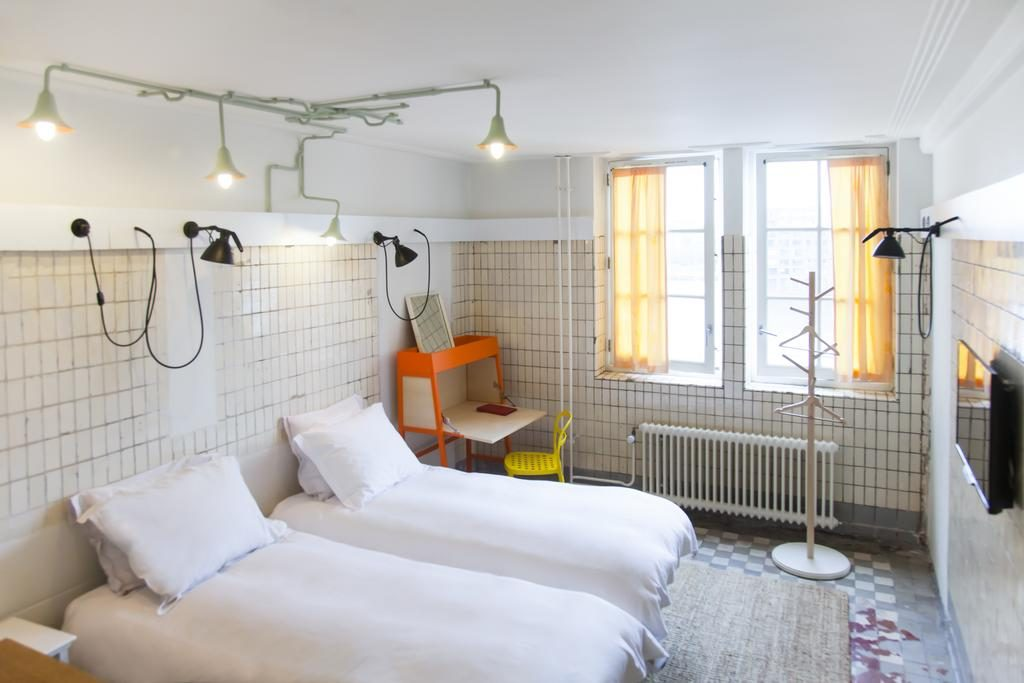 Необычные отели Амстердама. Lloyd Hotel and Cultural Embassy
