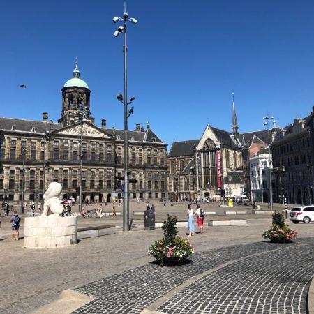 Площадь Дам, Королевский дворец в Амстердаме