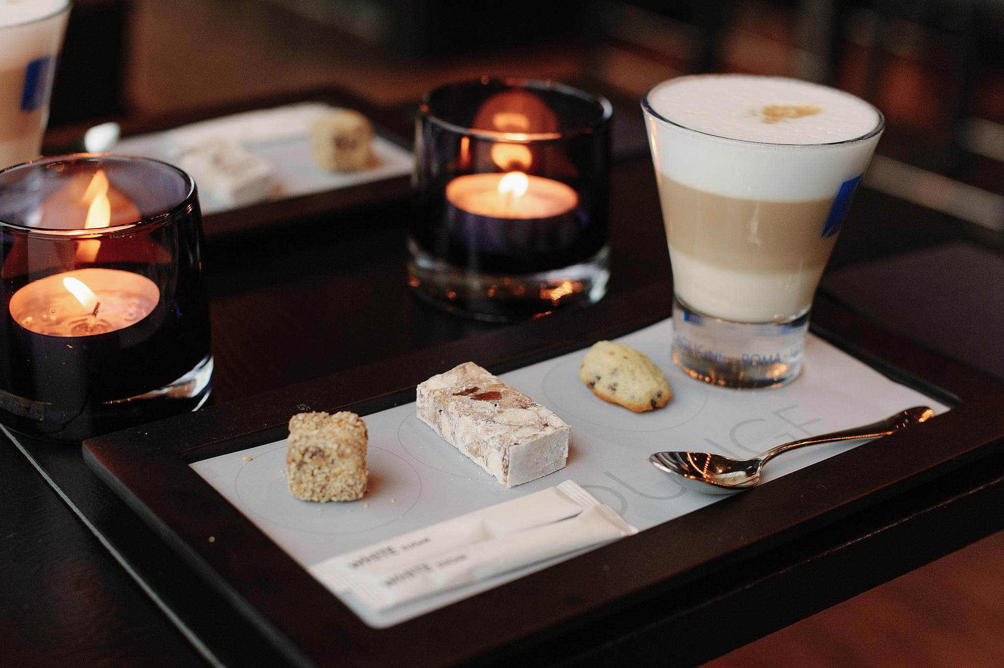 Кофе с видом на город в Амстердаме