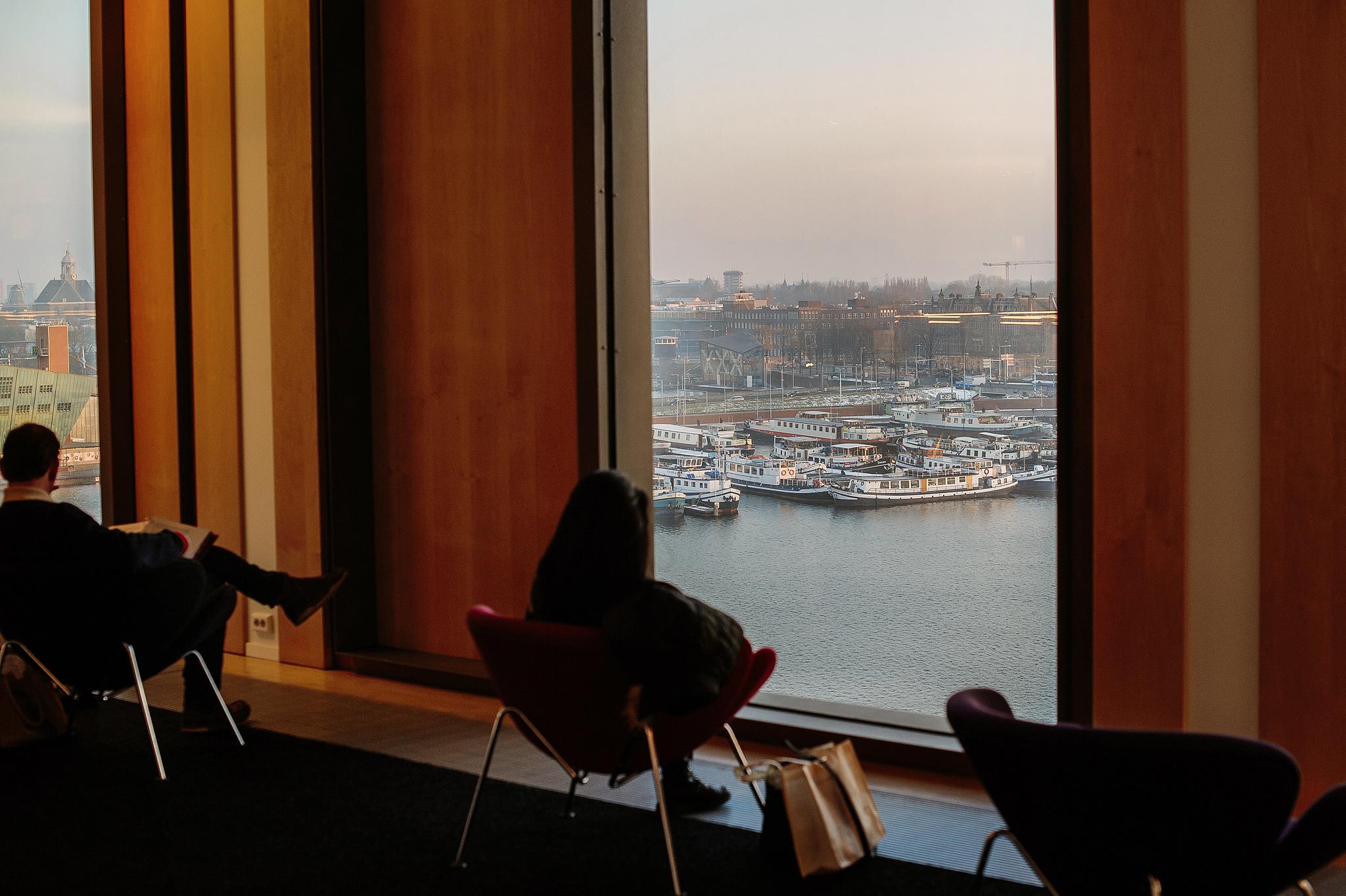Ла Плас в библиотеке Амстердама, панорамный вид на Амстердам