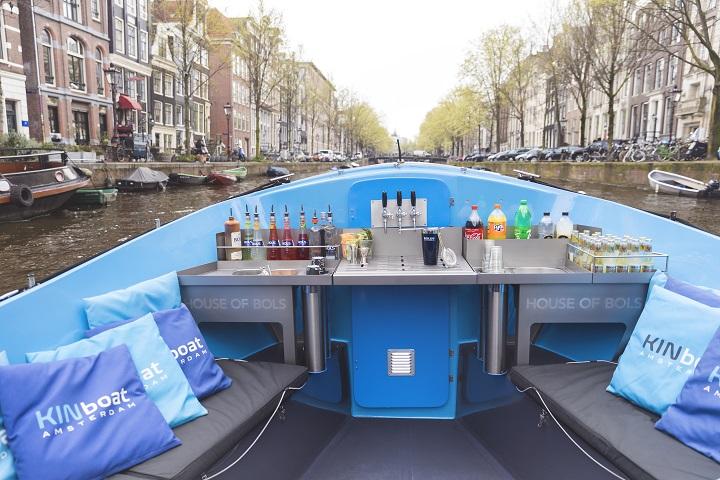 Круизы по каналам Амстердама