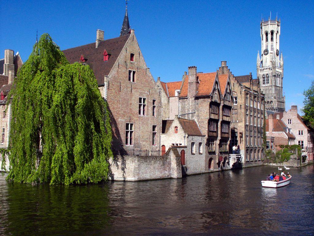 Брюгге, поезд из Амстердама в Брюгге