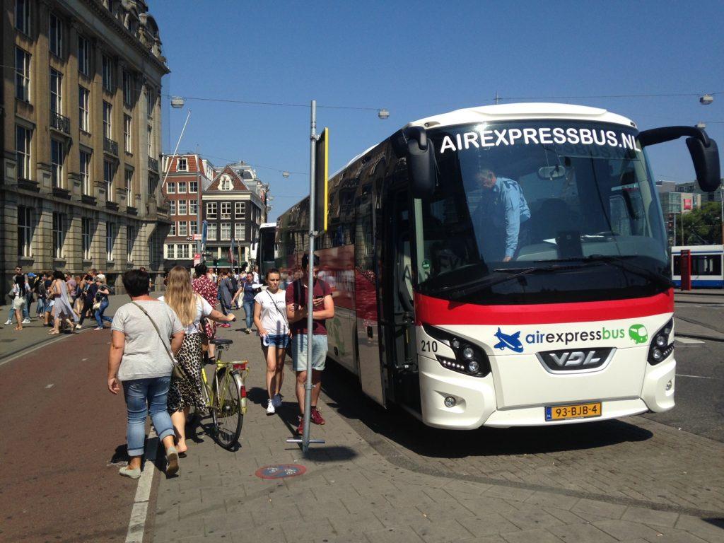 Как добраться из Эйндховена до Амстердама? Автобус Air Express Bus