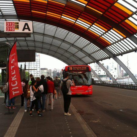 Общественный транспорт в Голландии: билеты, расписание, маршруты