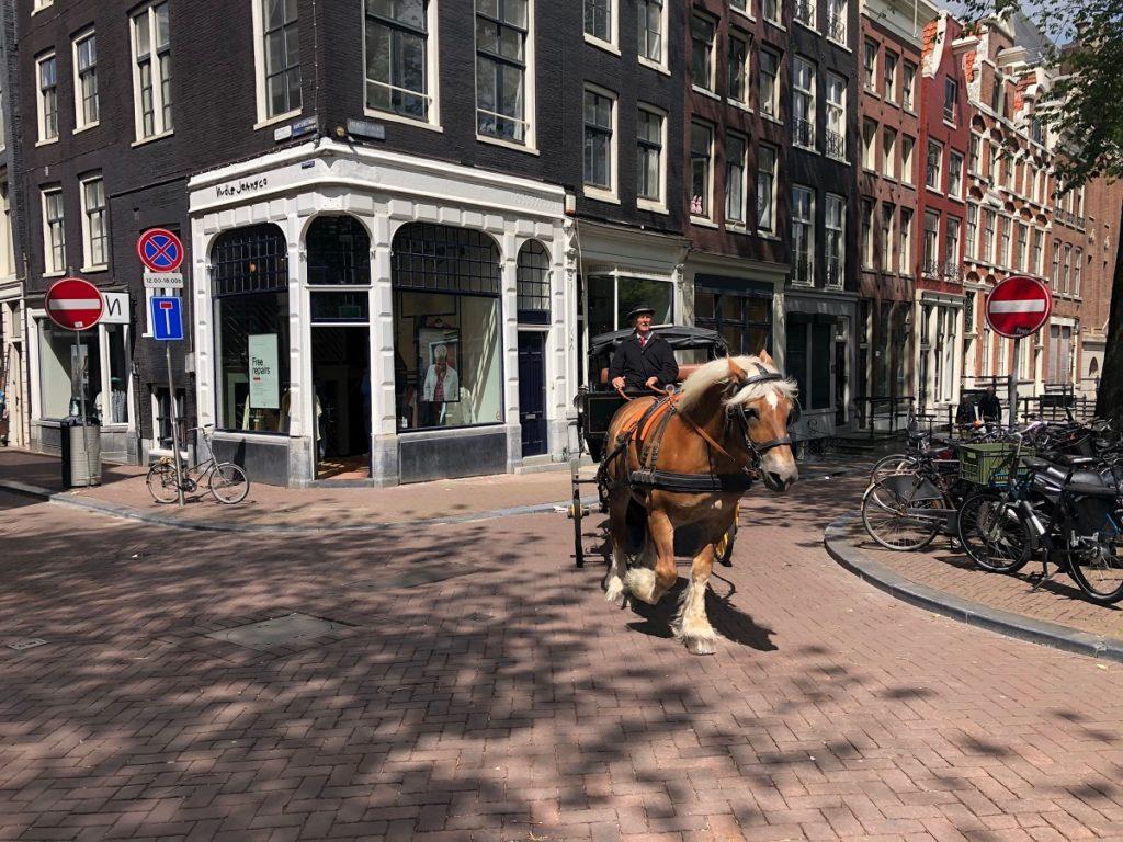 9 straatjes, район девяти улочек в Амстердаме